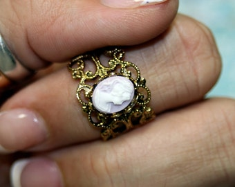 M'Lady Elegant Vintage Cameo Filigree Ring Lavender Adjustable Scroll