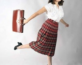 48-Hour Sale - Vintage 1940s Skirt // The Abernethy Plaid Skirt // Autumn Fall Winter Fashion
