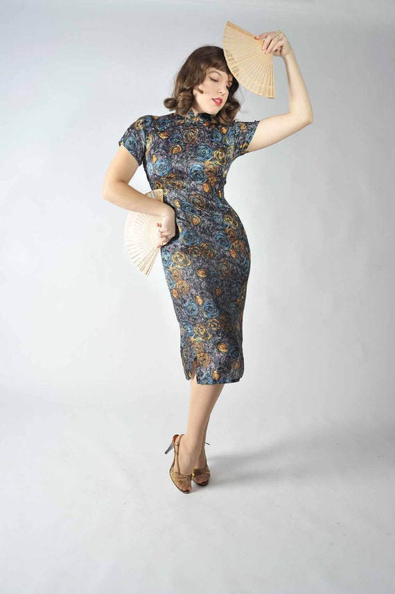 Vintage 1950s Cocktail Party Dress // Fall Fashion at Fab Gabs: The Starry Night Cheonsam Dress