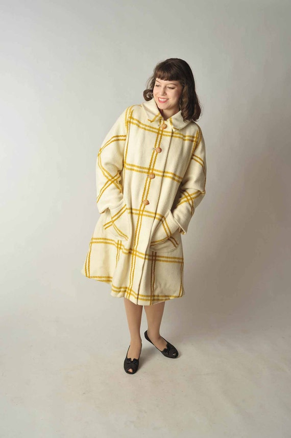 Vintage 1960s Coat // Winter Fashion at Fab Gabs: The Moustarde Wool Plaid Coat
