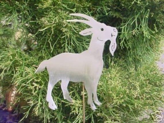 Billy Goat Kid Pygmy Buck Metal Yard Art Steel Plant Decor Garden Stake Plant Spike Outdoor Patio Lawn Ornament