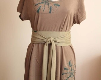 Slummy Tee Dress with Obi Sash Taupe Size Small - Kamikaze Design by ccdoodle on etsy
