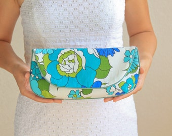 SALE Clutch Purse in White Turquoise Blue Sage Floral Print Vintage Fabric - Size Large cc032 - ready to ship - only one