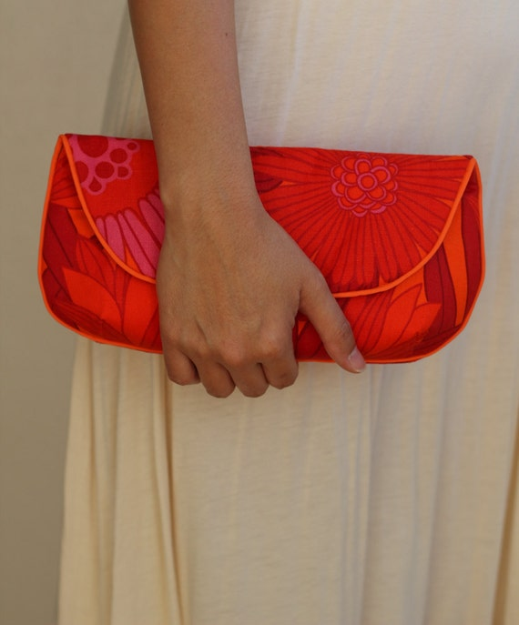 Clutch Purse in Orange, Rust, Maroon, and Pink Floral Vintage Fabric - Size Large cc026 - made to order