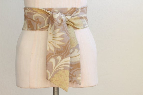 Obi Belt in a Beige Natural Tan Pale Yellow Hawaiian Print Textured Cotton Fabric - made to order - last one