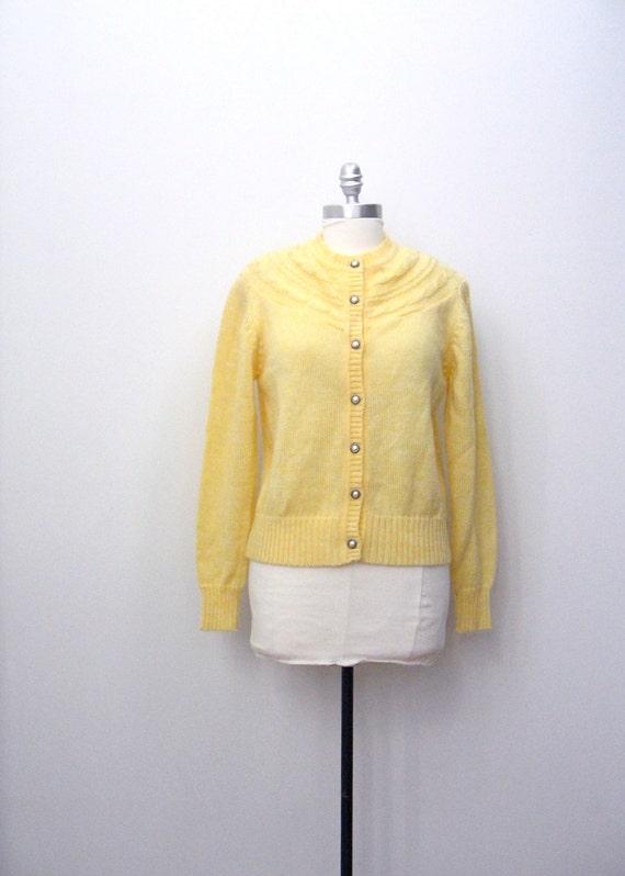 SALE . pale yellow cardigan . M