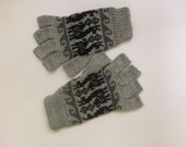 Smartphone Friendly gloves knitted fingerless mitts texting mittens Touchscreen-friendly computer gloves