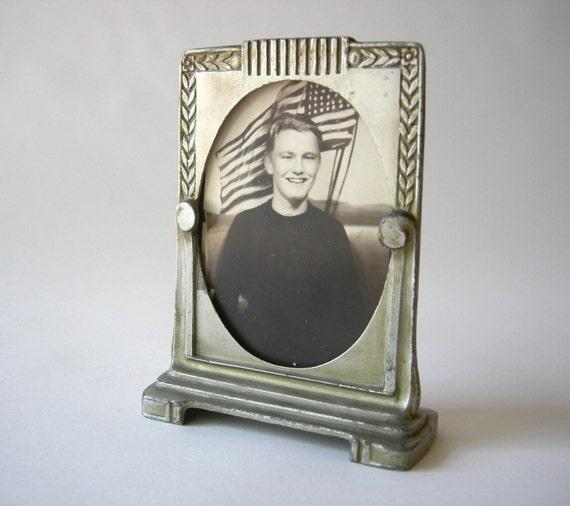 Manoil Art Deco Frame