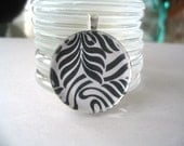 20pk....1 inch Crystal Clear Circle Glass Tiles...Great for pendants, magnets and much more.