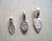 100 MEDIUM Sterling Silver Plated Aanraku Bails