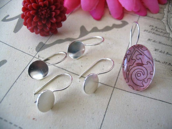 20 Silver Plated Earring Hook Pads.. Size 8mm...Great for adhering your glass and resin cabocons