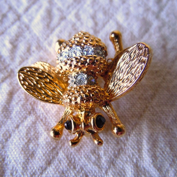 Vintage Brooch Bumble Bee Gold and Rhinestones