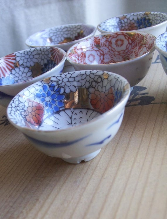 6 Vintage Japanese Saki Cups or Soy Sauce Cups
