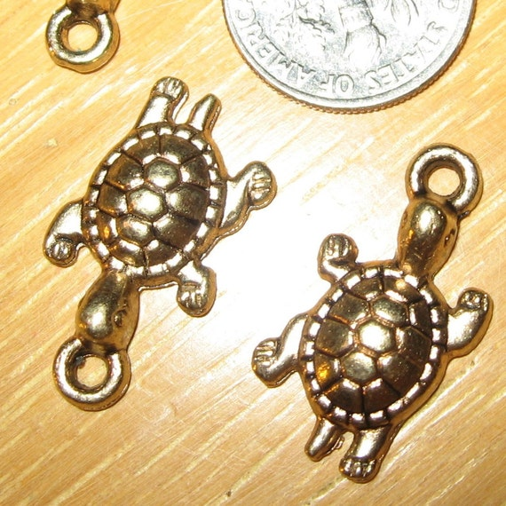 CLEARANCE SALE- 6 Gorgeous TURTLE Charms in Brass metal, Leadfree, Pendants, little tortoise charms, nicely detailed for jewelry design