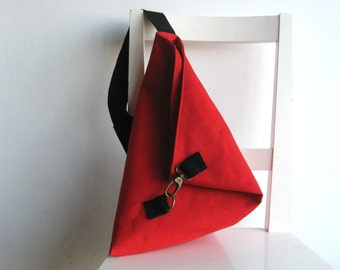 Over the shoulder purse in red
