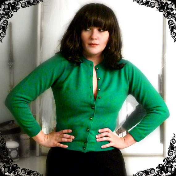 50s Soft Cropped Cardigan in Bold India Green Size M