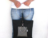 BIGBAG tote /messenger in texture black With clip on pouch