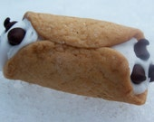 cannoli Magnet...Made to order