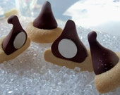 Chocolate Kiss Magnets