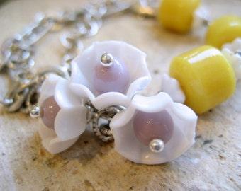 Parasol Bracelet, fashion,silver chain,Lemon Lilac Glass Beads White Acrylic Umbrellas Unique gift for her under 50