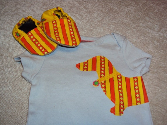 Mr Dachshund and his shoes / gift set matching bodysuit and booties