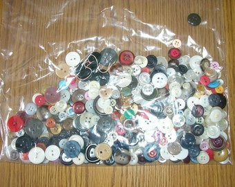 Assorted Buttons - Half a Pound of Buttons - Small Buttons - Medium Buttons - Buttons - Plastic Buttons - Craft Supply - Sewing Supply