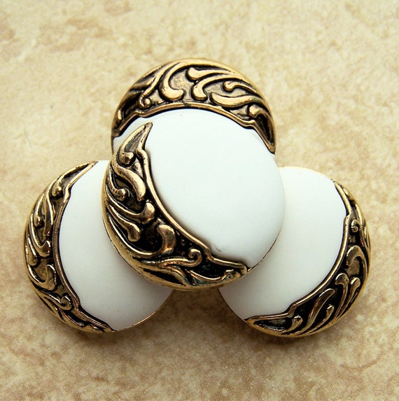 Vintage Plastic Buttons 24mm - 7/8 inch Metallic Gold Crescent Moon on Satin Matte White - 4 VTG NOS Gothic Moon Shank Buttons PL046