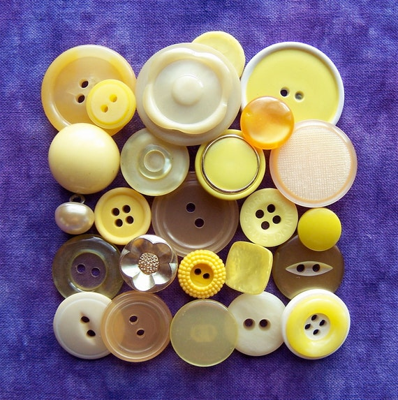 vintage buttons Hand Picked Yellows assortment bag Y x25