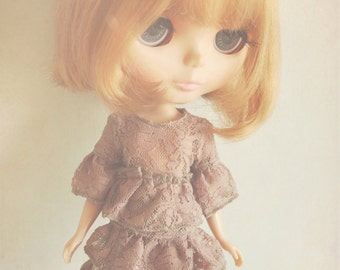 DISCOUNT 30% OFF Jiajiadoll- cameo brown lace dress top fits Blythe