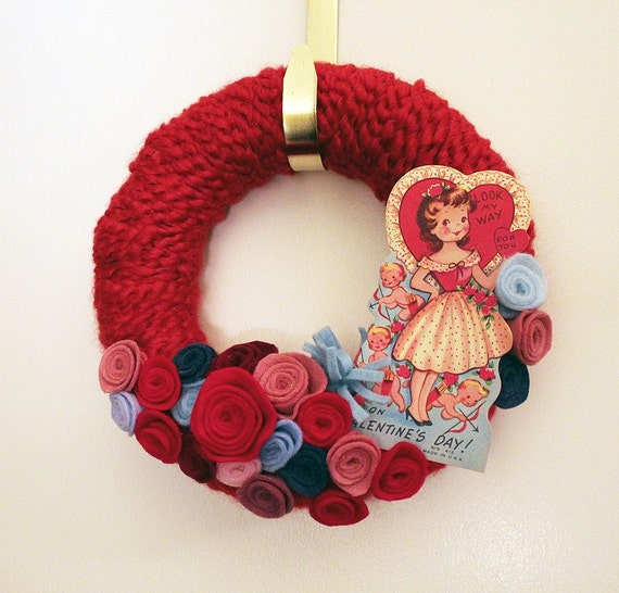 Floral Valentine Wreath - Red Yarn and Felt Wreath, Small 8 inch size