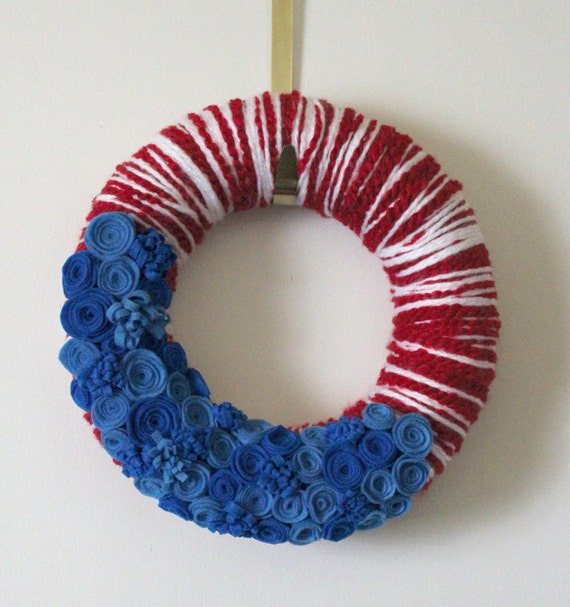 Red White and Blue Yarn and Felt Wreath, 12 inch