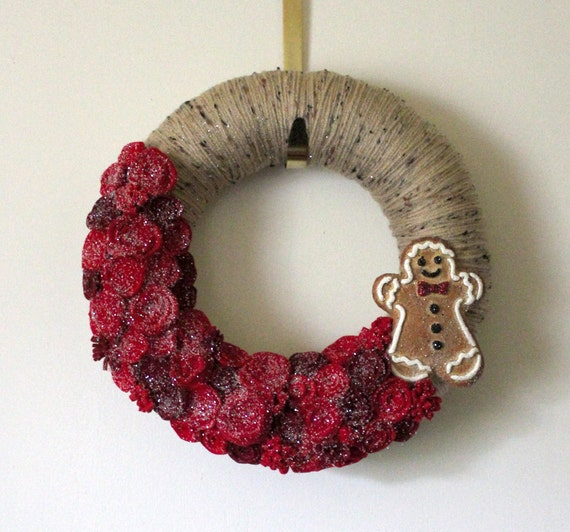 Gingerbread Man Wreath, MADE TO ORDER, Yarn and Felt - 12 inch size