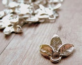 Shiney Silver Plated Dainty 3-Leaf Drop - 14x12mm - 10 Pieces