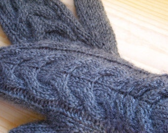 Christmas coming... Bella's Long Cuff Cabled Mittens from Twilight saga