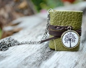 MiniBook Necklace Tree & Green Color leather