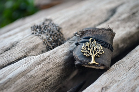 MiniatureBook Necklace Tree & Vintage Black leather