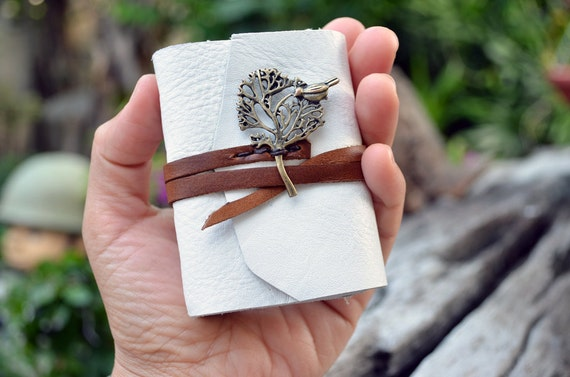 MiniBook A8 Big Tree & White Brown leather