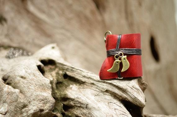 Pair of Birds MiniatureBook Necklace red color