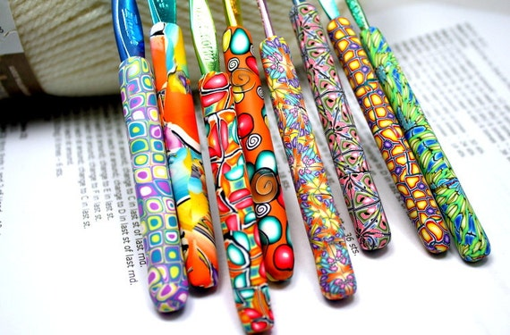 Polymer clay covered crochet hook set of 8, New Boye brand, Sizes D/3 through K/10.5