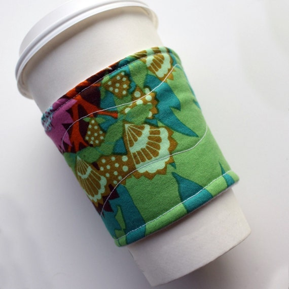 greens and forests - quilted reusable coffee sleeve. (FREE US shipping)