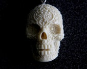 Day of the Dead Sugar Skull Pendant Necklace with Ivory Finish - mrd74