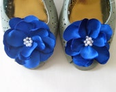 Something Blue shoe clips with pearls - bridal party - bridesmaid gift - wedding