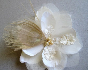 Ivory flower with peacock feather, vintage lace and pearls - La Salle no.15