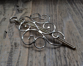 Curly Metal Hair Barrette