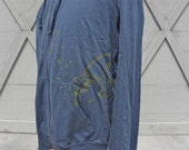 T-Shirt Thin Zip Up Hoodie - Dusty Blue - Size Medium - Raskol Ink. Design Fish & Bubbles
