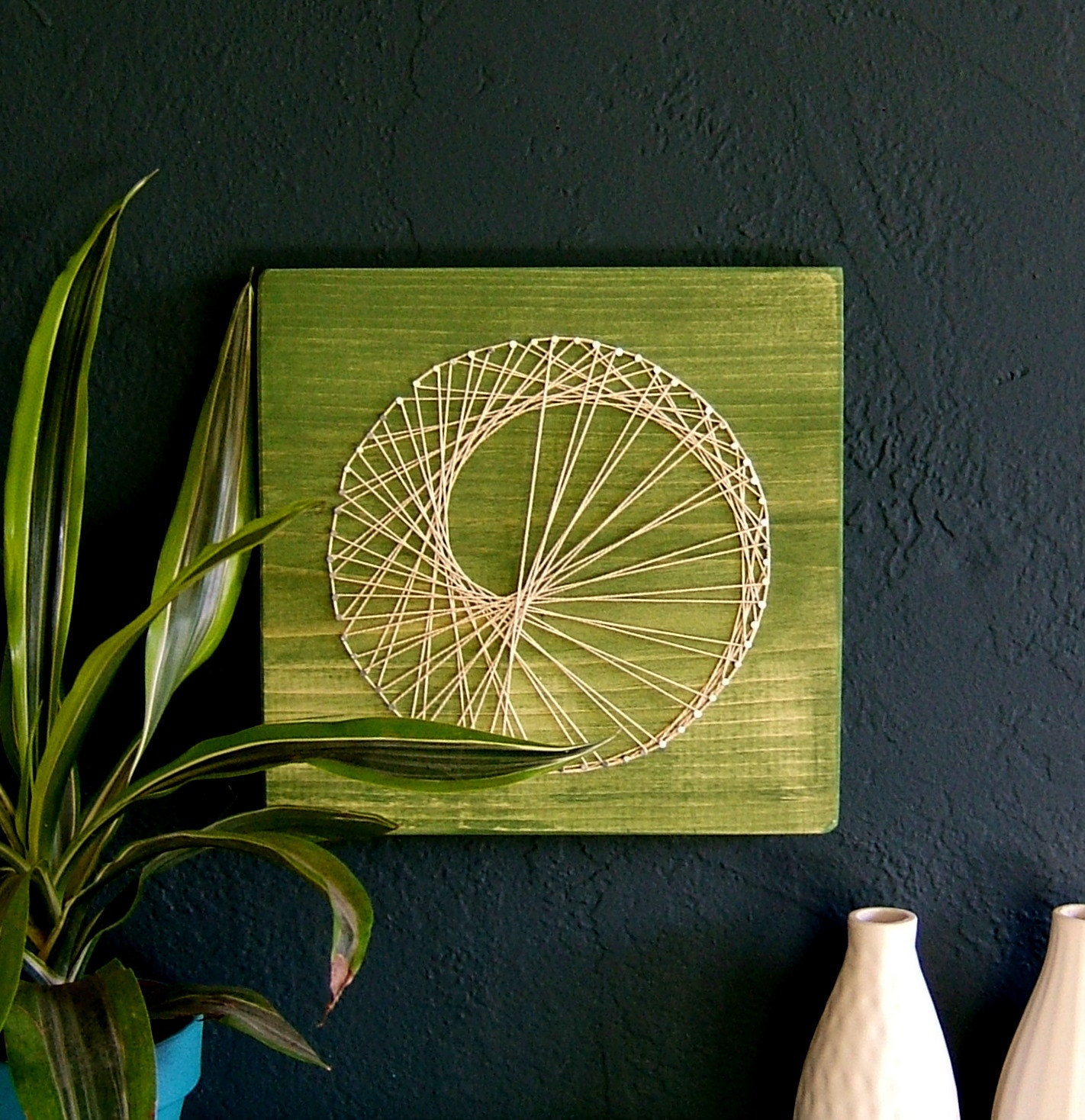 modern string art wooden tablet sea snail on green tea. Black Bedroom Furniture Sets. Home Design Ideas
