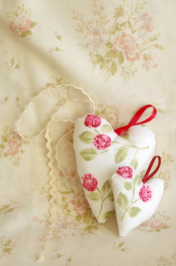 Duo a big and a little hearts ornament with cotton and ribbon handmade