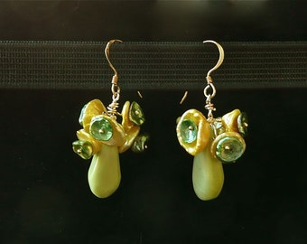 Buttercups -- Dangling earrings in Lime green howlite and buttercup yellow keshi pearls