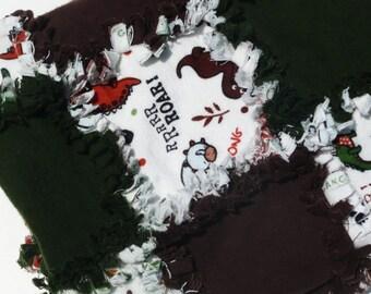 DESTASH SAE - Hoffman Land O' Dinos Brown and Green Dinosaur Rag Quilt