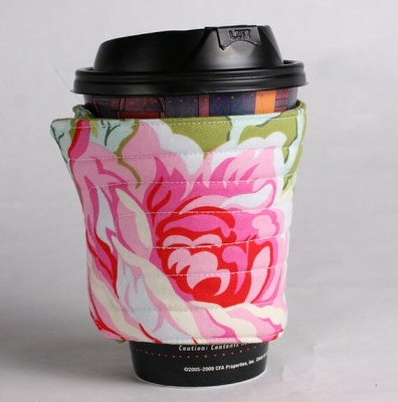 coffee cup cozy or sleeve, fabric green, pink: Cabbage Rose